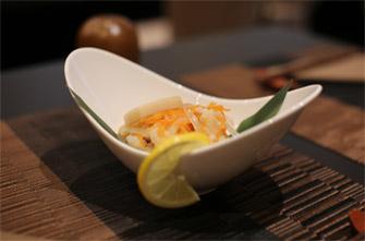 Nanbantsuke : Poisson frit puis mariné dans le vinaigre et avec d'autres ingrédients aromatiques. Momotaro