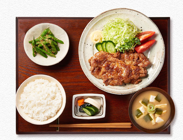 teishoku-menu-traditionnel-japonais-propose-au-restaurant-momotaro-02